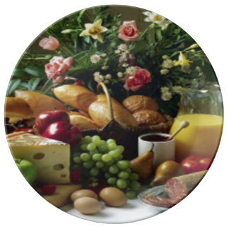 FABULOUS FOOD FEAST DECORATIVE PORCELAIN PLATE