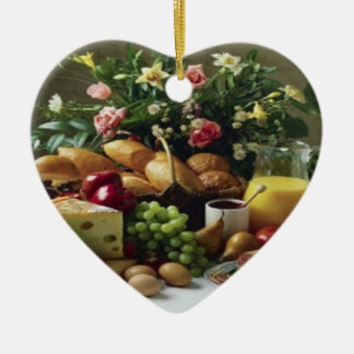 FABULOUS FOOD FEAST HEART SHAPED ORNAMENT