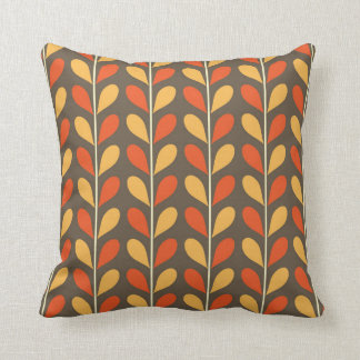 Fall leaves patterns cushion