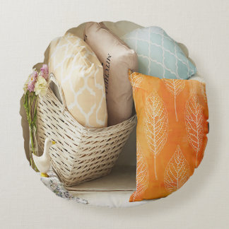 Fall Nesting Round Pillow