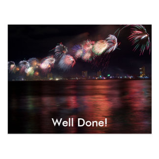 Fireworks 4: Customizable Postcard