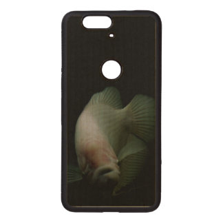 Fish in Tank Portrait Wood Nexus 6P Case