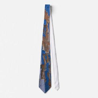 Flaky Paint Tie