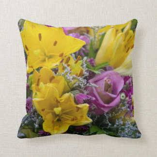 Throw Pillow Arrangement : Custom Floral Decorative & Throw Cushions Zazzle.co.nz