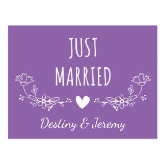 Floral Just Married Purple & White Flowers Wedding Postcard
