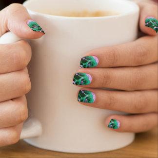 Floral Nails Minx® Nail Art