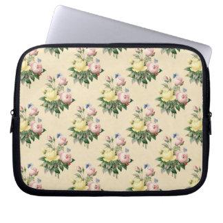 Floral vintage rose flower pattern laptop sleeve