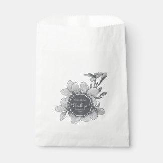 Flowers Plumeria (monochrome)White Favor Bag