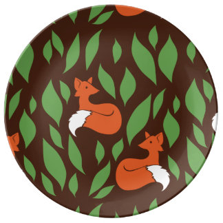 Foxes in the Woodland pattern Plate