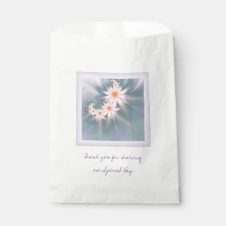 Fractal daisy spray wedding favour bags