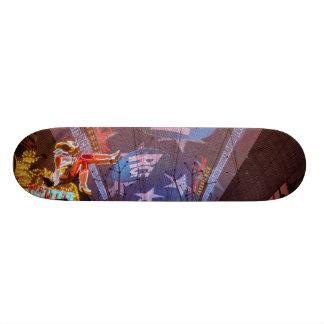 Fremont Street Experience 18.1 Cm Old School Skateboard Deck