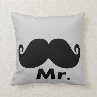 funny couple cushion set x2 throw pillows