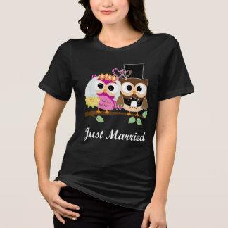 Funny Wedding Love Owls: Bride & Groom T-Shirt