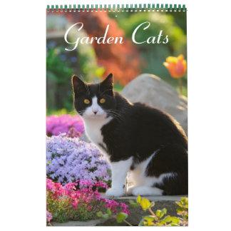 Garden Cats 2017 size medium Wall Calendar