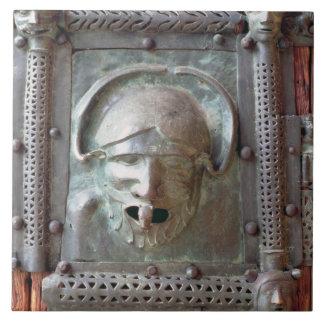 Gargoyle panel from the left door of the portal, 1 tile
