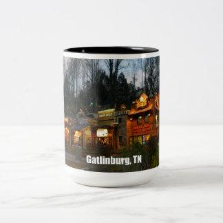Gatlinburg, Tennessee Two-Tone Mug