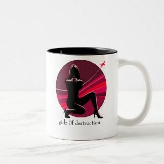 girlz 0f destruction mug black/magenta