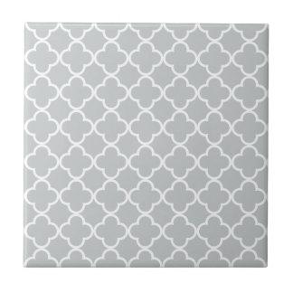 Glacier Gray White Quatrefoil Moroccan Pattern Small Square Tile