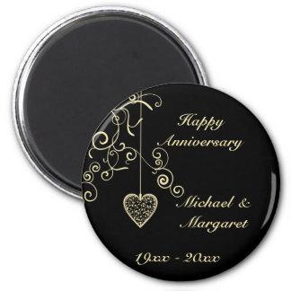 Gold Elegant Heart Wedding Anniversary Memento 6 Cm Round Magnet