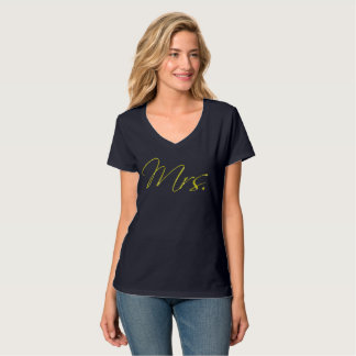 Gold Glitter Mrs. Bride to Be Calligraphy T-Shirt