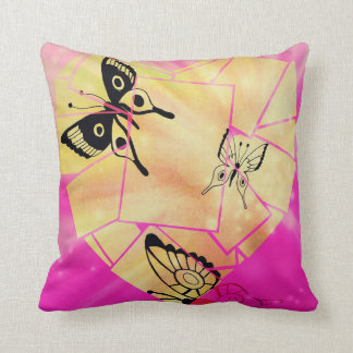 GOLD HEART BUTTERFLY'S THROW CUSHION