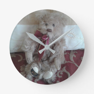 Gorgeous teddy bear medium round wall clock