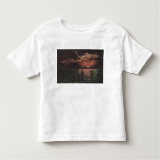 Great Salt Lake, UTSunset Scene on Lake View T-shirts