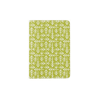 Green Arrows Pattern Passport Holder