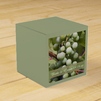 Green Grapes Vineyard Wedding Favour Box