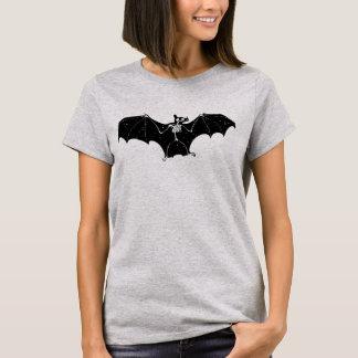 Halloween bat skeleton t-shirt