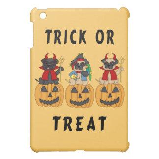 Halloween Trick or Treat Pug Dogs iPad Mini Cases