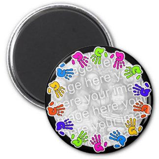 Hand Print Border 6 Cm Round Magnet