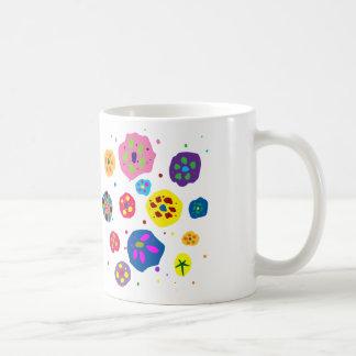Happy spots basic white mug