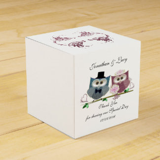Heart Favour Box with Cute Wedding Owls Art