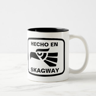 Hecho en Skagway personalizado custom personalized Two-Tone Coffee Mug