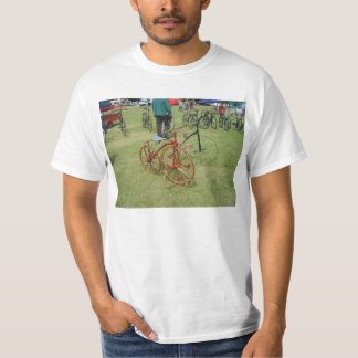 Henley on Thames, Antique bicycles 2 T-shirts