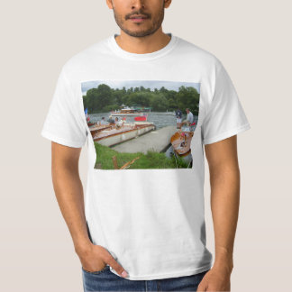 Henley on Thames, traditional motorboats T-Shirt