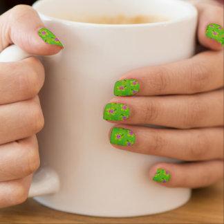 Hibiscus floral pattern minx nail art