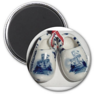holland shoes 6 cm round magnet
