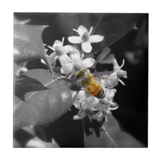 Honey Bee & Holly Tile