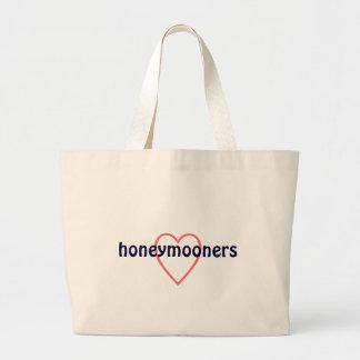 honeymooners tote - great honeymoon beach bag!