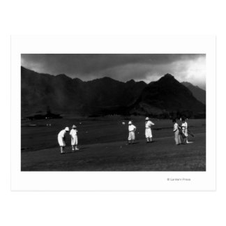 Honolulu, Hawaii - Golfers Playing at Country Postcard