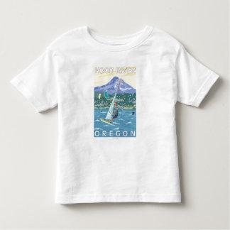 Hood River, ORWind Surfers & Kite Boarders Toddler T-Shirt