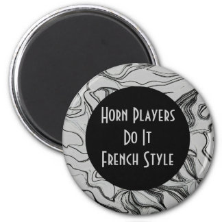 horn players joke 6 cm round magnet