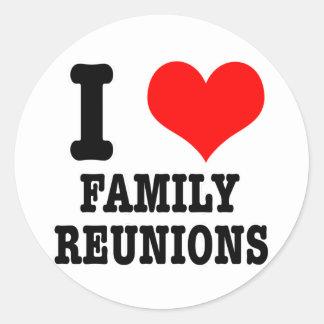 I HEART (LOVE) FAMILY REUNIONS ROUND STICKER