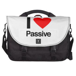 i love passive bag for laptop