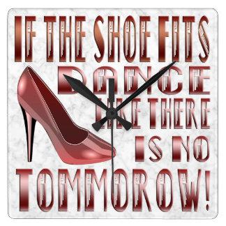If The Shoe Fits, Dance - Clock