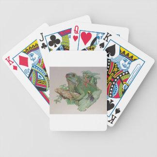 Iguana/Frog looking on Poker Deck