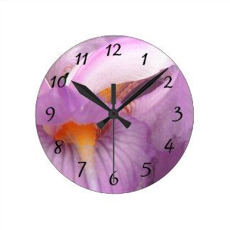 Iris Blis Round Clock