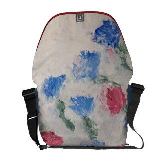 J'aime Paris Messenger Bags